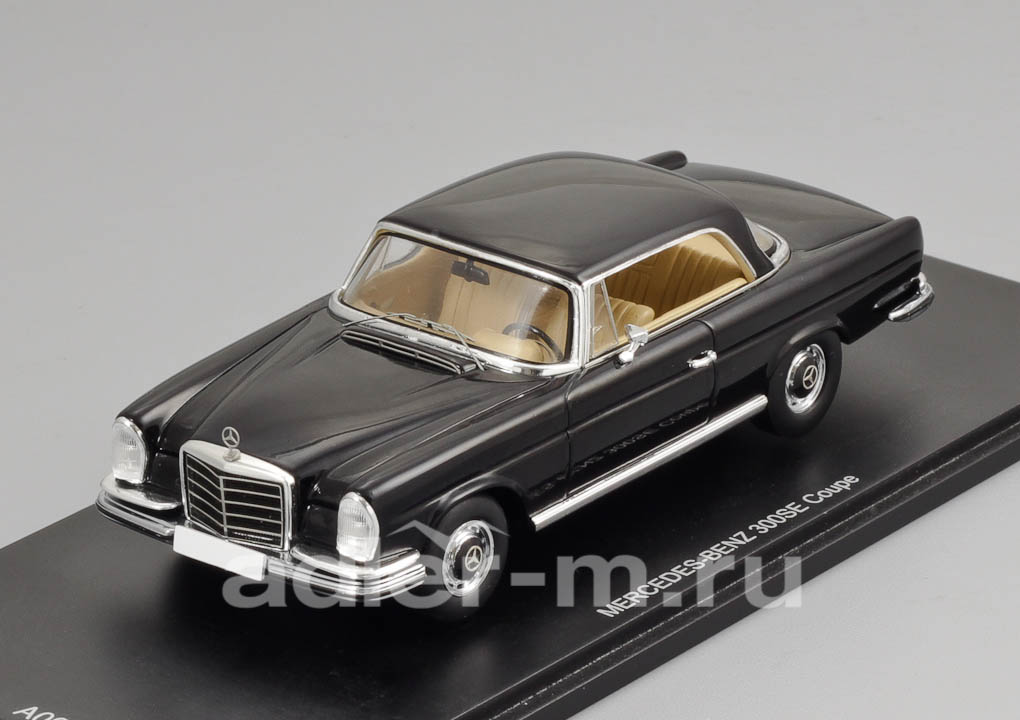 SPARK 1:43 Mercedes-Benz 300SE Coupe W112/3 (black) A008