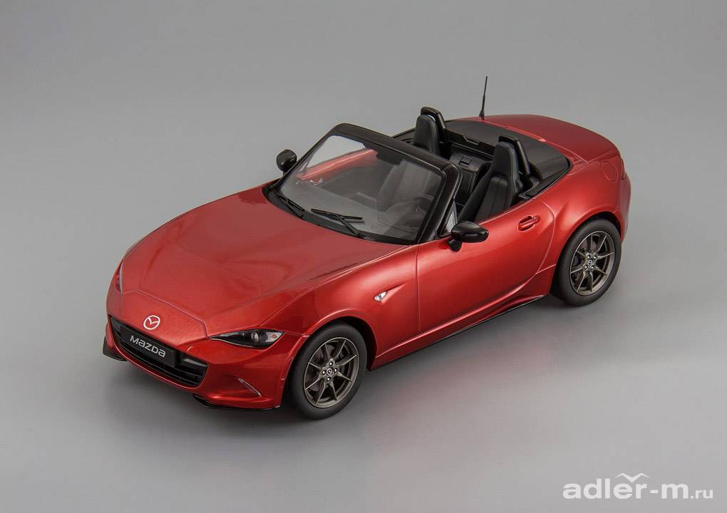 Mazda 1:18 Mazda MX-5 with removable soft top 2015 (no opening doors) (red) T9-1800195