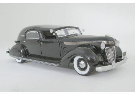 Chrysler 1:43 Chrysler Imperial C-15 LeBaron Town Car 1937 (black) NEO46766